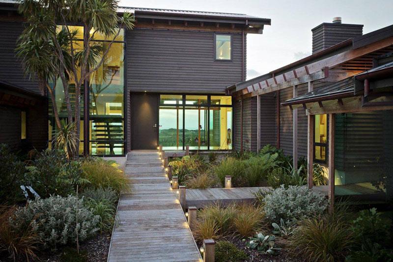7 idei pentru a înfrumuseța zona de intrare în casă