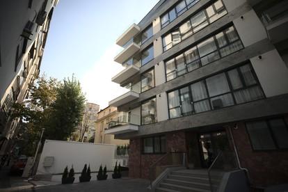 Frumoasa Residence îmbracă haine de piatră  Strada Frumoasă, București PIATRAONLINE