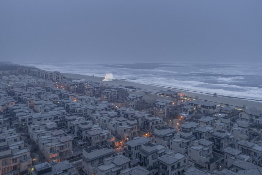 <b>Capela de pe tarmul marii, China - Ai Qing (China)</b>