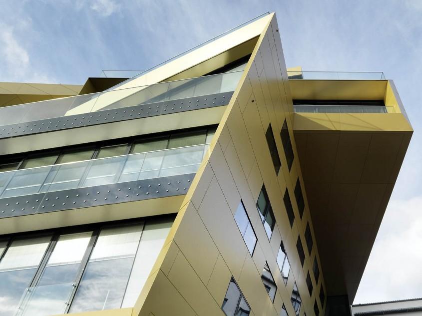 Centru financiar Raiffesen, Austria