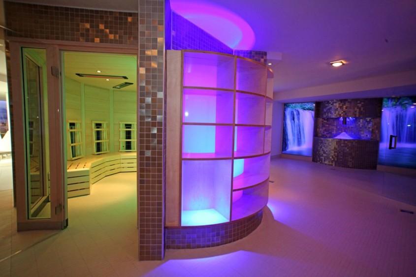 Pavimente si pereti interiori realizati cu placi ceramice fotocatalitice Active 2 0 - Centrul de fitness