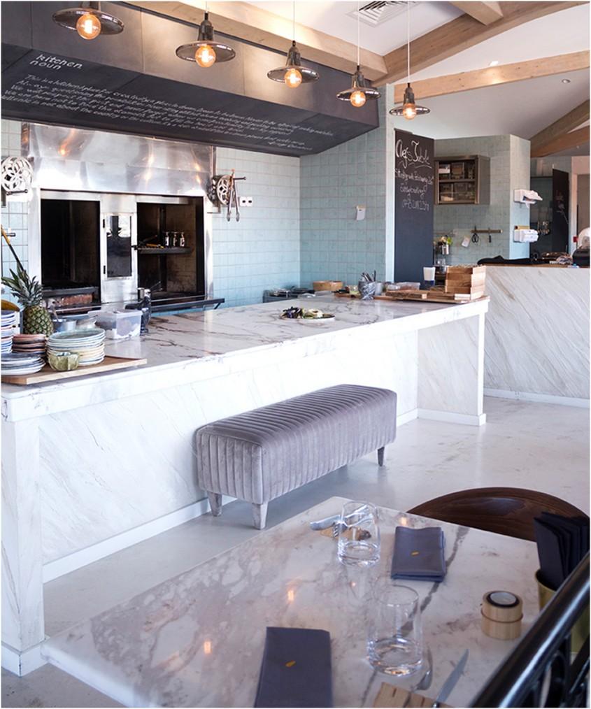 Cum aleg blatul din bucătărie - 5 criterii și o pledoarie pentru blatul din piatră