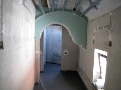 Pereti si tavan in timpul lucrarilor de restaurare - Casa Memoriala Ilie Birt Brasov SAINT-GOBAIN CONSTRUCTION