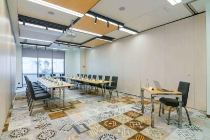 Detaliu mobilier conferinta - proiect Chairry  Bucuresti CHAIRRY