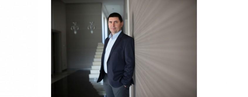 Afacerile Elis Pavaje au crescut cu 32%