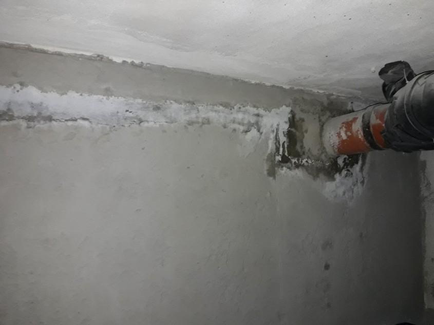 Hidroizolarea unei parcări subterane a unui bloc din București
