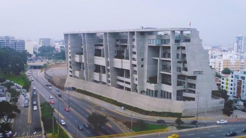 Campusul Universitatii de Inginerie si Tehnologie (UTEC) de Grafton Architects (2015) - Lima, Peru