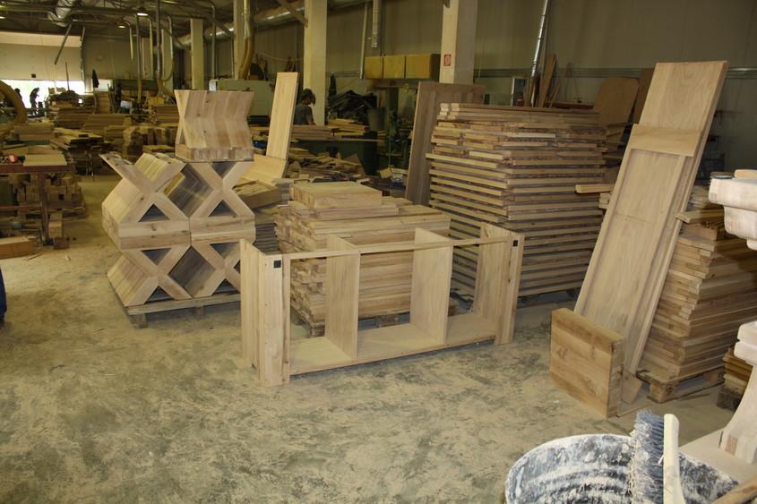 Despre prezența online pentru mobila din lemn masiv produsă în România