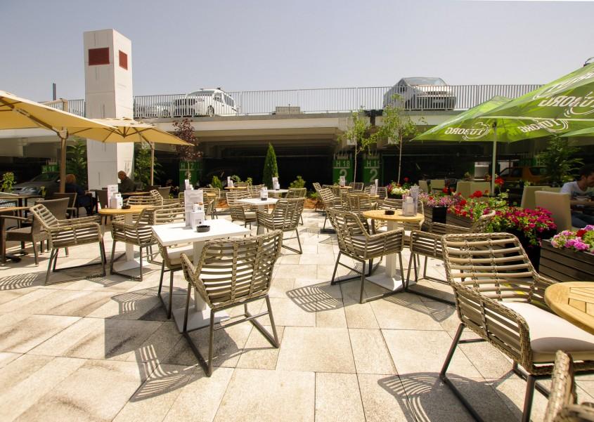 <b>Cafeneaua Costadoro Mega Mall</b>