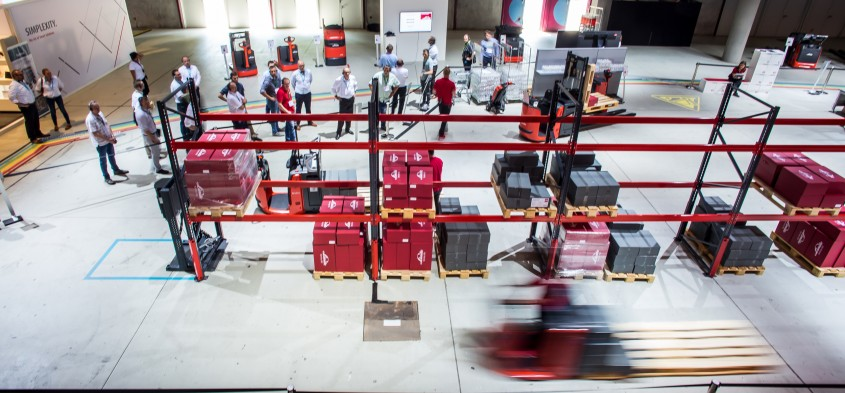 World of Material Handling 2018 - Simplexitate. Arta solutiilor inteligente