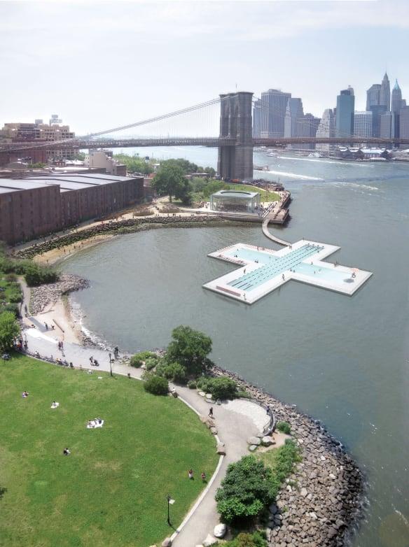 O pisicină spectaculoasă ce pluteşte pe apele poluate ale East River din New York
