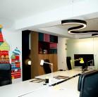 Mobilierul custom-made de la Chairry ales pentru amenajarea unei clădiri de birouri IT din București