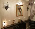 Vopsea decorativă pentru finisajul pereților hotelului Excelsior din Sinaia