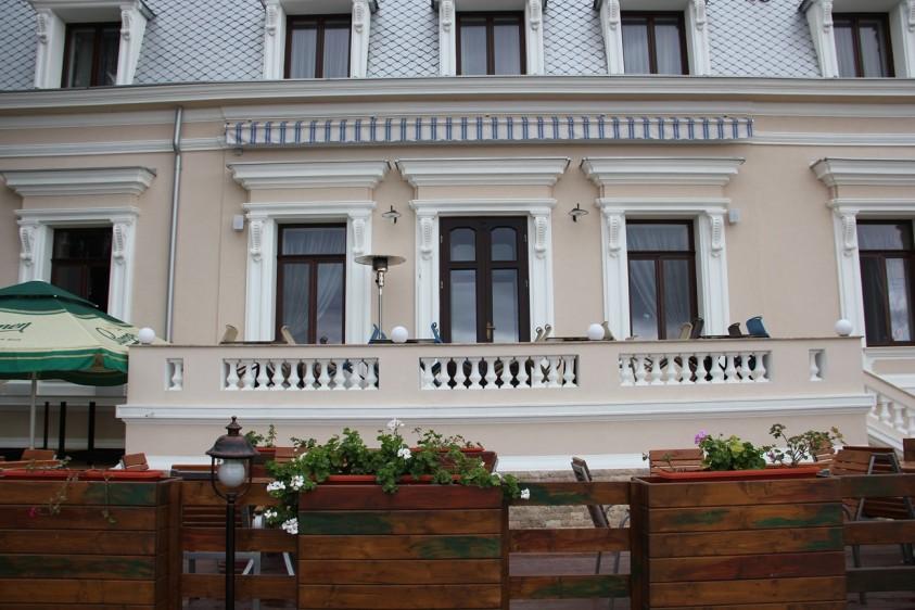 Hotelul SAINT GERMAIN Braila, vazut din exterior  Braila PETEA Sound