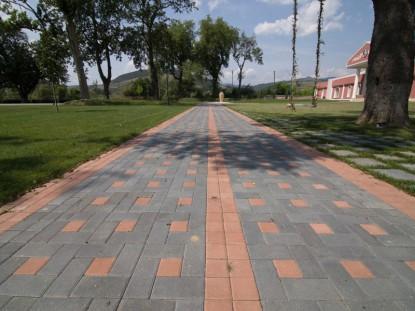 Pavaj Dreptunghi -culoarea ciment si teracota  Vintu de Jos ELIS PAVAJE