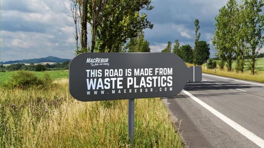 Compania care transformă plasticul în șosele, poate chiar mai durabile decât cele tradiționale