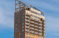 Cea mai înaltă clădire din lemn din lume Situata in localitatea Brumunddal, cladirea Mjostarnet masoara 85,4 metri si a fost construita din CLT (cross-laminated timber), un material care le permite
