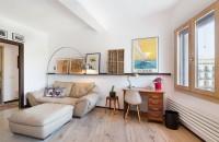O amenajare moderna cu influente industriale pentru un apartament din Barcelona
