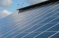 """Românii pot vinde de anul viitor energia produsă acasă. Cum devii prosumator și care sunt avantajele Astfel, autoritatea de Reglementare in domeniul Energiei (ANRE) a lansat recent in dezbatere publica proiectul de ordin privind """"aprobarea regulilor de"""