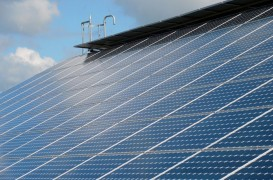 Românii pot vinde de anul viitor energia produsă acasă. Cum devii prosumator și care sunt avantajele