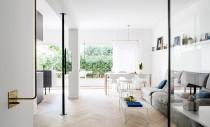 Trucuri menite să optimizeze spațiul într-un apartament din Tel Aviv