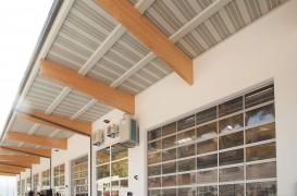 Check-list pentru achiziţia unei uşi secţionale industriale automate high performance