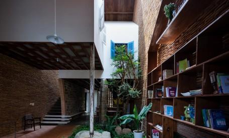 O casa in care copiii redescopera natura