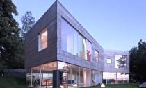 Casa Oceanside, joc de spatii transparente