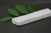 """Nanowood, un material verde revoluționar care promite să izoleze mai bine decât polistirenul Noul material, numit """"nanowood"""", a fost obtinut dupa separarea ligninei de lemn si blocheaza caldura cu cel putin 10 grade mai bine decat polistirenul sau"""