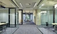 Compartimentări sticlă cu pereți dubli - siguranță şi confort fonic Sistemul de partiții cu pereți dubli