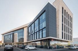 Faţade ALUCOBOND pentru clădiri comerciale şi spaţii de birouri
