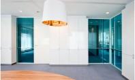Sisteme de compartimentare relocabile simplu sau dublu vitrate Cu peretele despartitor relocabil iQ Cristal nu trebuie