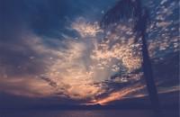Albastru Clasic, nuanța cerului la amurg, este culoarea anului 2020
