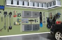 Soluții practice pentru organizarea unui garaj Cu siguranta ti s-a intamplat nu numai o data sa cauti un obiect in garaj, dar sa nu il gasesti in timp util din cauza faptului ca lucrurile nu erau bine organizate.