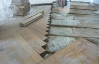 Efectuarea de reparatii si reconditionare parchet masiv vechi