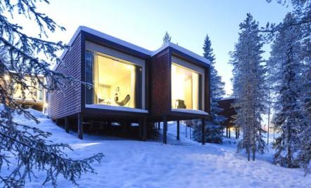 Arctic TreeHouse Hotel - 32 de structuri elevate pentru a minimiza impactul cu mediul