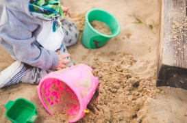 5 idei pentru amenajarea unui loc de joacă chiar în curtea casei