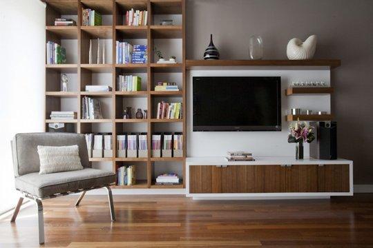 Cum facem ca televizorul să nu fie piesa principală din încăpere