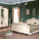 Mobila de dormitor din lemn masiv: standard sau la comanda?