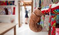 Atelier de creatie amenajat intr-o combinatie inspirata de culori indraznete Atelierul lui Caro Ritchie amplasat in
