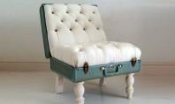 Un scaunel decorativ ca de poveste din valiza de piele a bunicii Aveti prin debara o