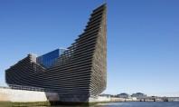 Primele imagini cu muzeul V&A Dundee din Scoția proiectat de Kengo Kuma Desi nu la fel