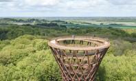 Un turn spiralat în mijlocul pădurii oferă priveliști care îți taie respirația (Video) Inalta de 45