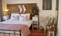 Dormitoare si bai care il asteapta pe Mos Craciun O casa care-l asteapta pe Mos Craciun
