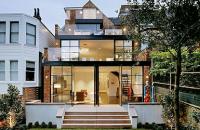 O casa din caramida, transformata intr-o locuinta moderna si confortabila