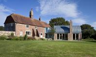 Extindere din caramida pentru casa Hawthbush Echipa Mole Architects a renovat casa Hawthbush avand un obiectiv