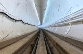 Elon Musk a prezentat primul tunel construit de compania sa