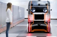 """Noua mașină autonomă de la Jaguar are """"ochi"""" dintr-un motiv întemeiat Vehiculele ce par desprinse din desene animate fac parte dintr-un studiu mai vast menit sa cerceteze interactiunile dintre tehnologia autonoma si pietoni, mai"""
