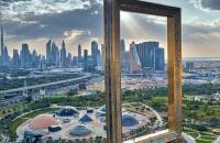"""Cea mai mare """"ramă foto"""" din lume este, de fapt, o clădire!"""