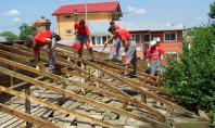 Renovare acoperis Intalnim foarte des case unele destul de vechi si altele relativ noi cu probleme
